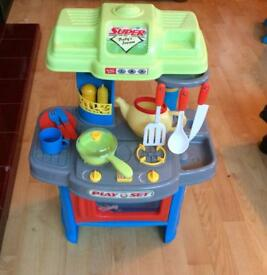 Small toy kitchen - great condition