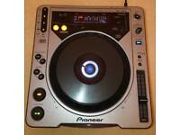 Pioneer Cdj 800 mk 1 with flight case