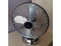 "Chrome adjustable, 3 speed, oscillating 10"" desk fan in excellent condition (LAST ONE)"