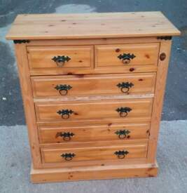 Mexican pine chest of drawers tallboy. Very nice conditio..