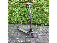 JD Bug foldable scooter in black and red
