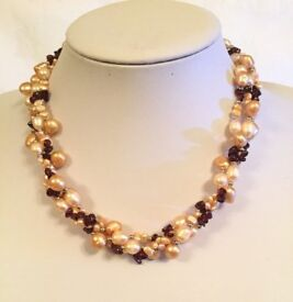 Freshwater pearl and garnet necklace and earrings - Valentines gift??