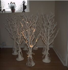 White Twig Decorative Trees x10 w/ 10x Battery powered fairy lights
