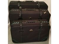Set of 3 matching suitcases