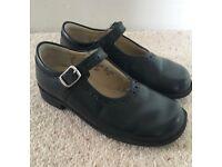 Start-rite Louisa black leather school shoes (size 9F)