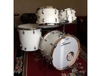Slingerland vintage drum kit with cases