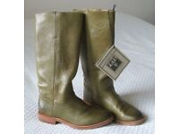 FRYE Ladies Pull-On Boots - Size 36 (US 5.5 B)