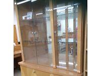 Italian glass cabinet, top part