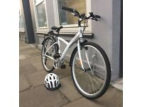B'Twin 300 Hybrid Bike- Great Christmas Present!