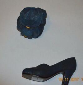 """Victorian Collection "" bag & shoe in Dark blue"