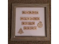 NOVELTY SCRABBLE WALL HANGING FRAME - SANTA PLEASE STOP HERE CHRISTMAS SIGN