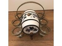 Spirit barrel with 6 glasses