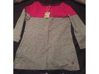 Joules 3/4 length top for sale. Never been worn.