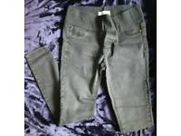 Size 8 under the bump Maternity jeggings!