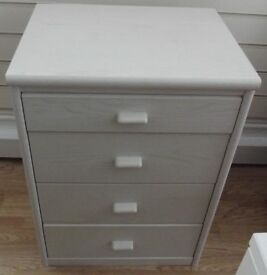 White 4 Drawer Unit
