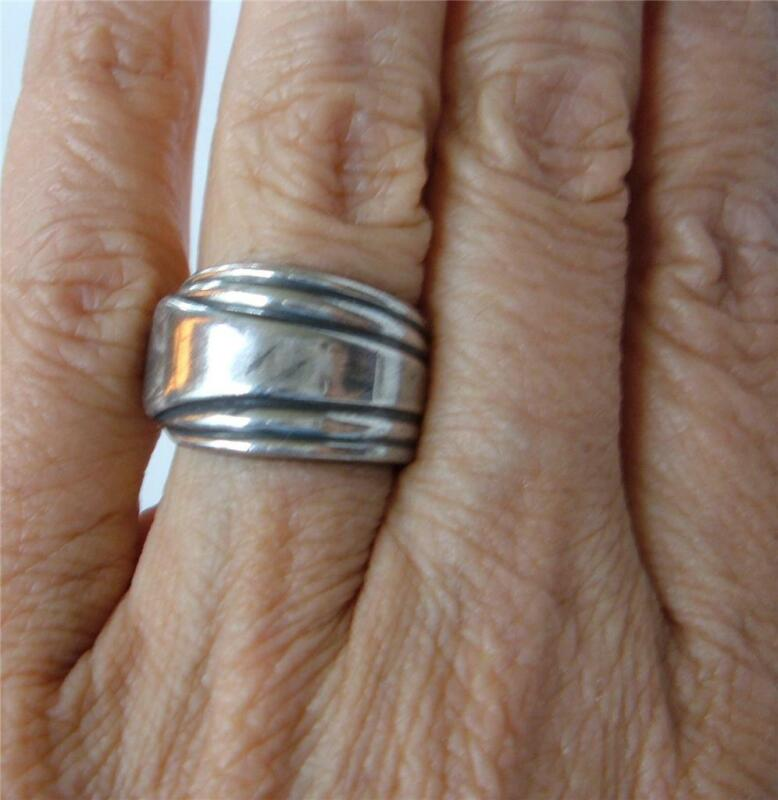 Vintage Art Deco Silverplate Spoon Ring  sz 7   wide Band Striped