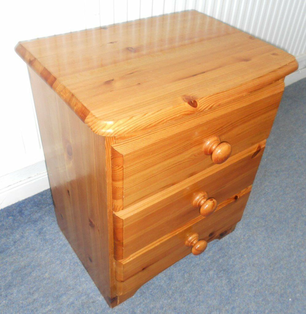 Pine Chest of Drawers, Bedside Table