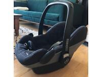 Baby car seat (Pebble, Maxi cosi)