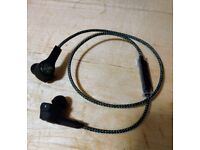 B&O PLAY by Bang & Olufsen Beoplay H5 Wireless Bluetooth In-Ear Headphones - Moss Green