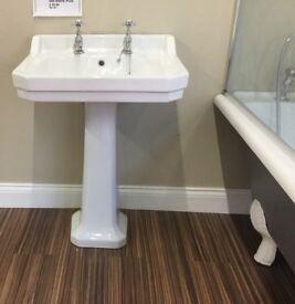 Ex display Tavistock basin with pedestal and taps