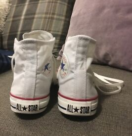 Converse all star high tops size 5 1/2