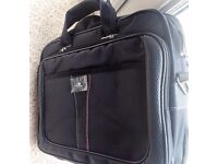 """Executive Laptop Carry case BLACK 13.3"""" to 15.6"""" - Case4Life - BRAND NEW( RRP £37.99, NOW £22)"""