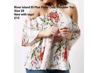 *NEW* River Island RI Plus Floral Cold Shoulder Top - Size 28