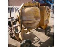 Winget Diesel site cement mixer