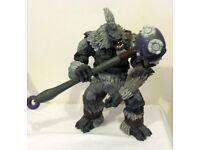 Tartarus with fist of rukt hammer ( halo 2 )