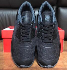 Brand new mens air max 90 not Adidas