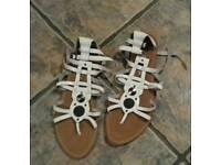 Size 8 white summer shoe