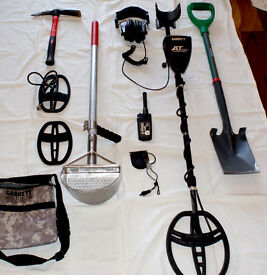 Full Garrett AT Pro Metal Detecting kit and accessories £550 ovno