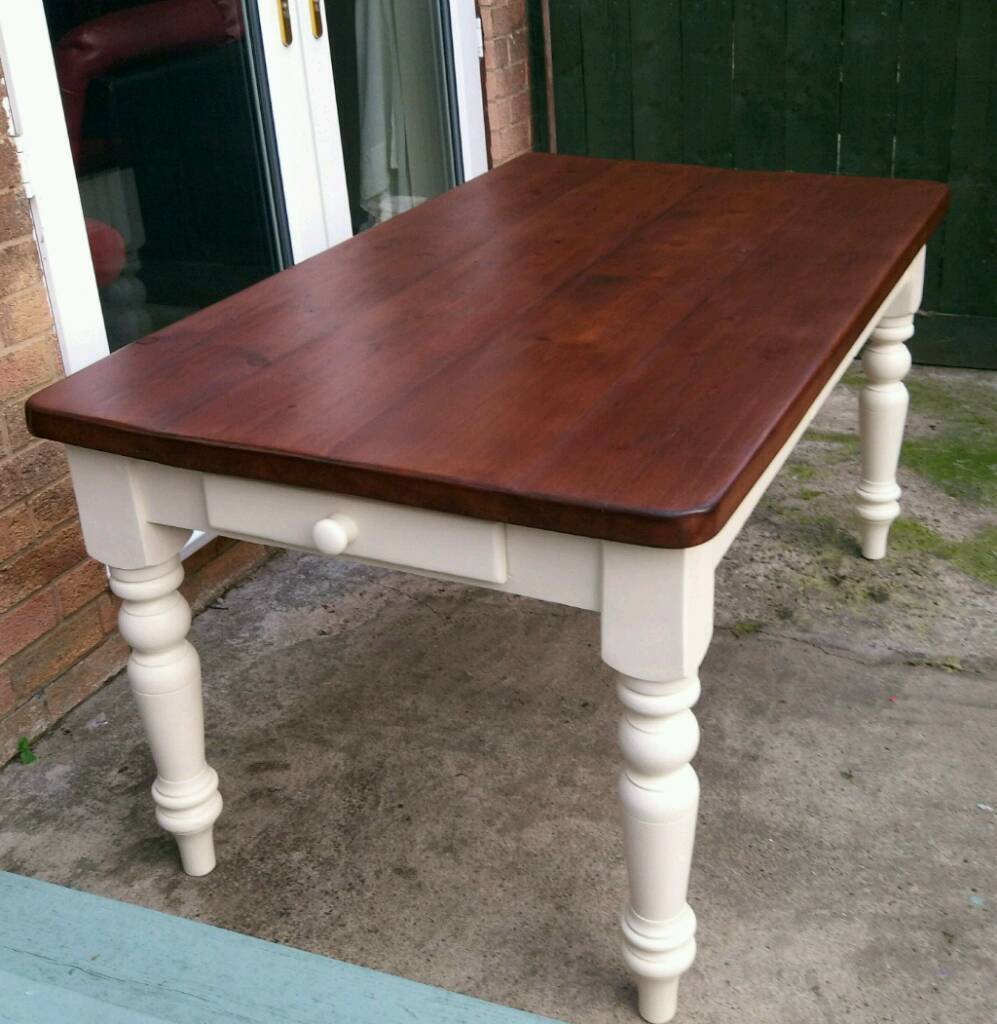 Awesome Rustic Farmhouse Dining Table