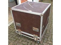 Large wheeled flight cases (0.6m3)