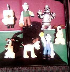 Vintage Wallace and gromit figures