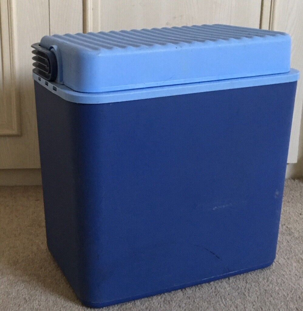 Large Cool Box for Camping/Beach etc... £12 ONO