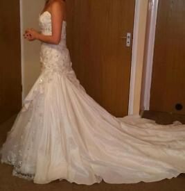 Designer wedding dresses size 10-16