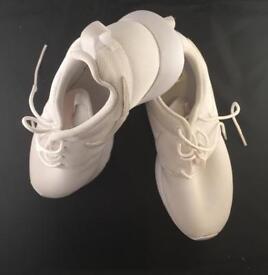 Nike white Roshe one Essential women's