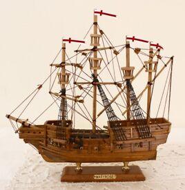 Mary Rose 30 cm Model Boat