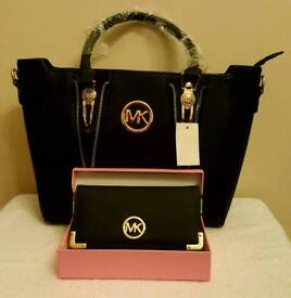 black ladies fashion bag with purse