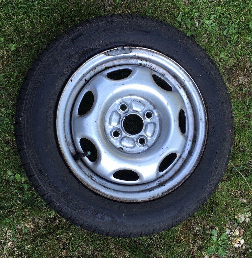 1999 toyota corolla wheel stud