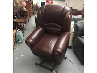 ** BROWN LEATHER LIFT CHAIR ** CAN DELIVER **
