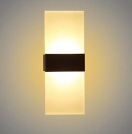 Sconce wall lamp. (3 available)