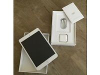 IPAD Mini 4 (latest model) in excellent condition - like new