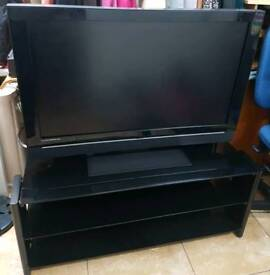 """Tv LCD 40""""with remote control hd with built in freeview"""