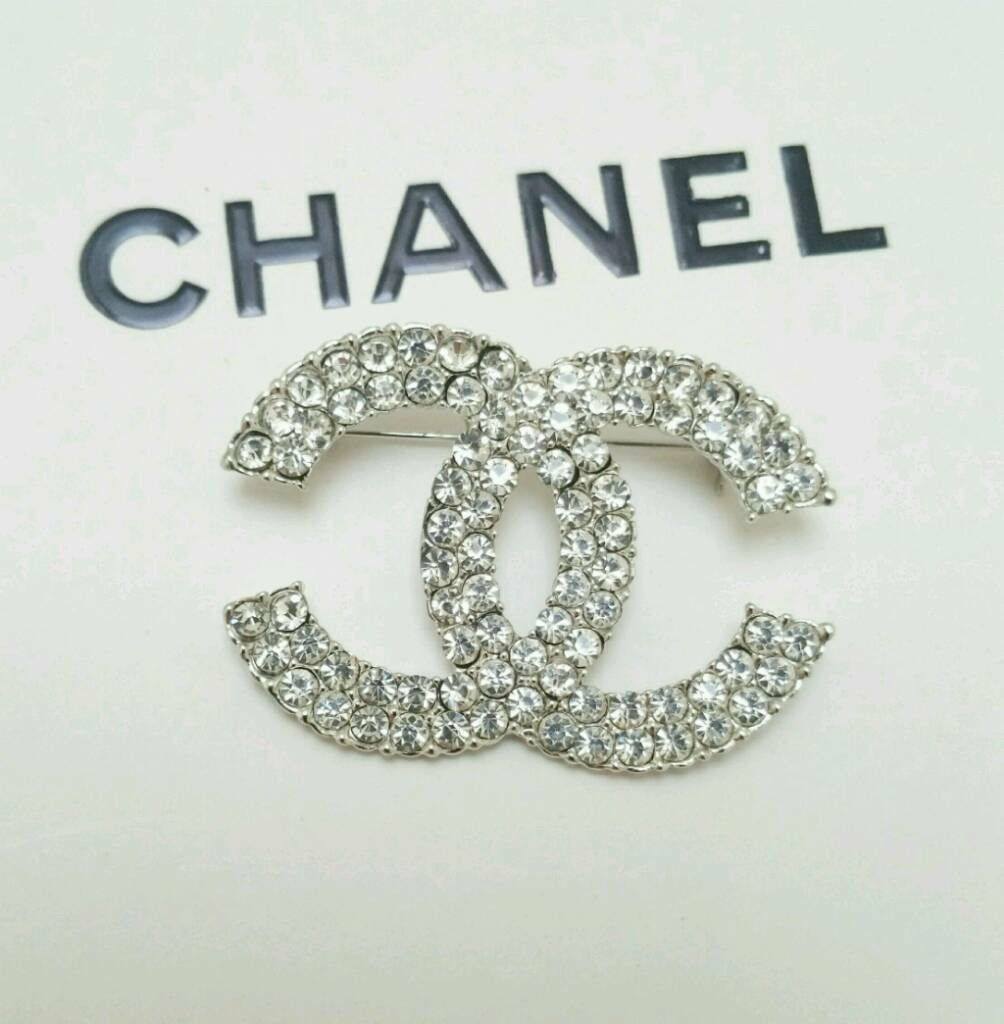 ref brooch pin closet en jewellery golden womens brooches women designers chanel joli pins metal
