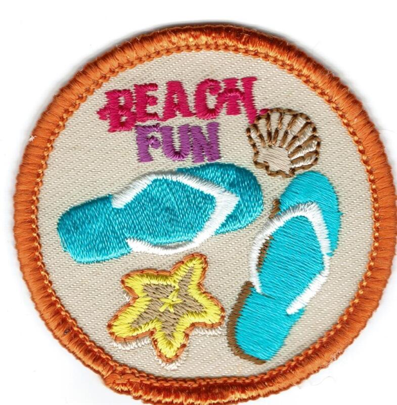 Girl Boy Cub BEACH FUN play playing Patches Crests Badge SCOUTS GUIDE Outing day