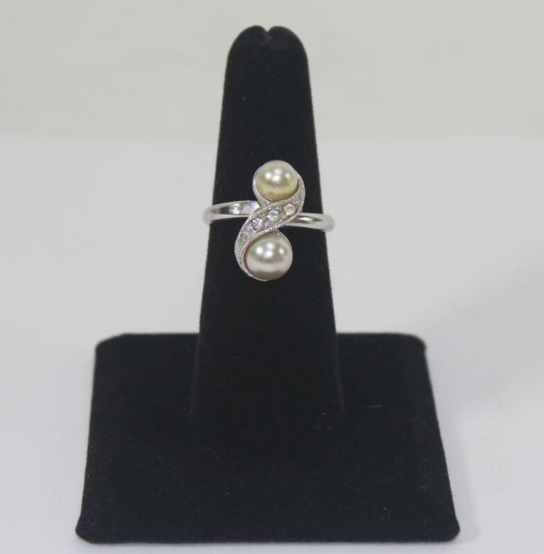 Vintage Ladies Silver Tone Ring Faux Pearl & Clear Stones Sarah Coventry Size 6
