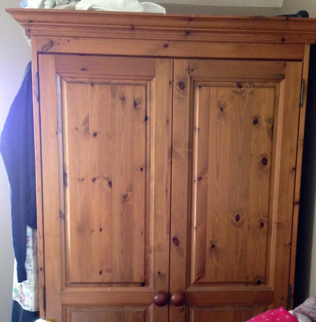 Pine wardrobe great clean condition