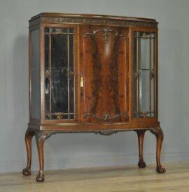 High Quality Large Antique Edwardian Mahogany Bow Front Triple Display Cabinet